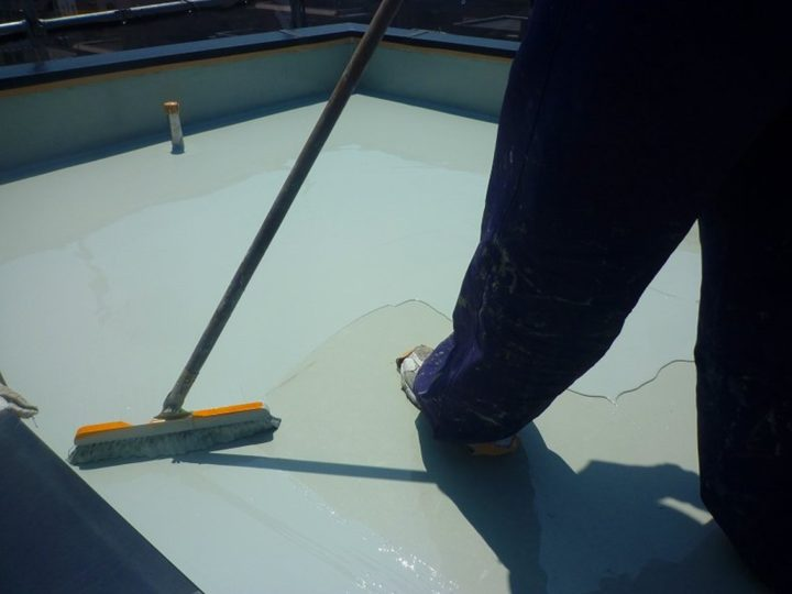 ウレタン防水塗布(2回目)
