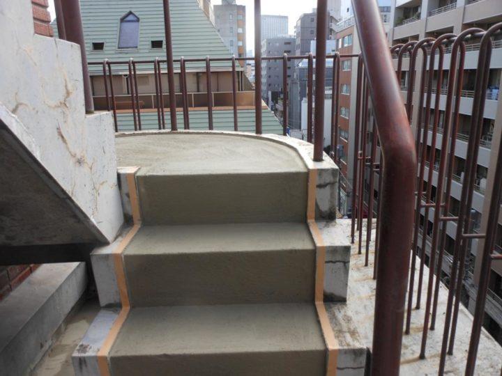 塔屋階段 下地調整
