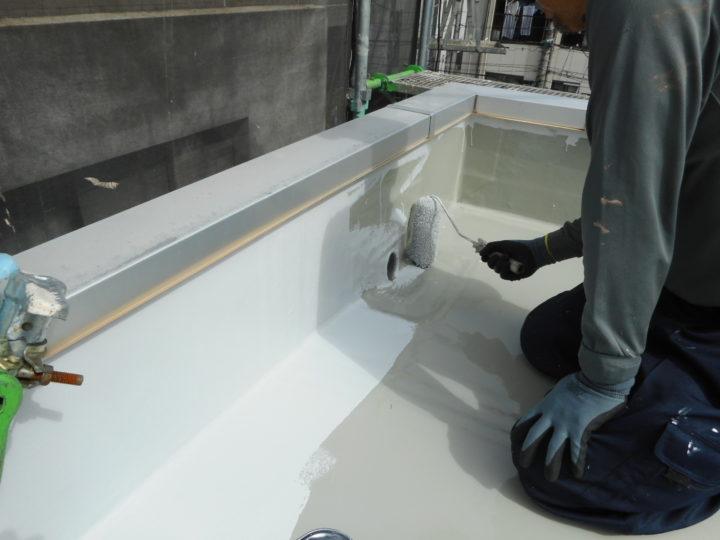 屋上防水 トップコート塗布①