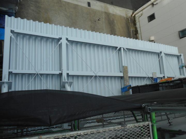 庇屋根、防水塗装
