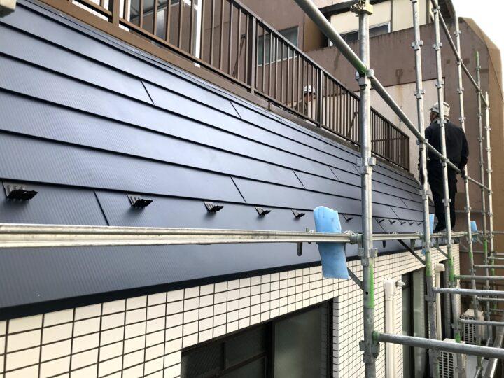 斜壁を屋根に変更
