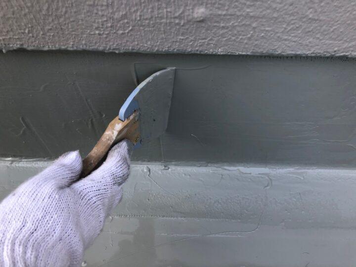 屋上立上り:ウレタン塗膜防水材塗布(第2回目)