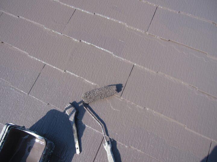 工種:屋根塗装工事 上塗材塗布(第2回目))