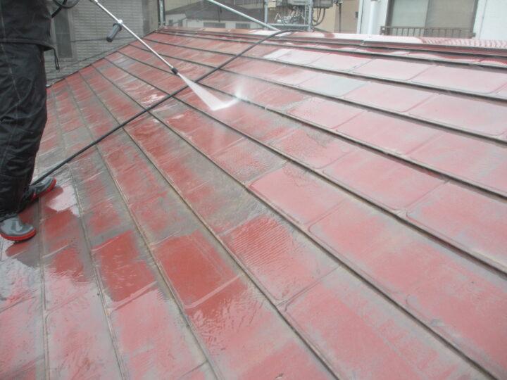 屋根塗装:高圧洗浄