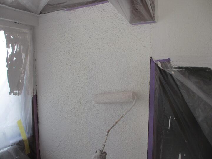 工種:外壁塗装 エントランス 第1回目塗装