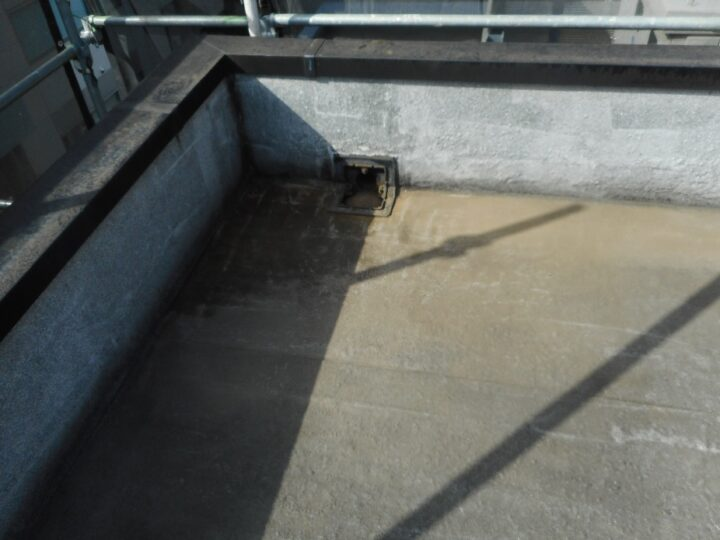 屋上防水工事 カチオン材塗布