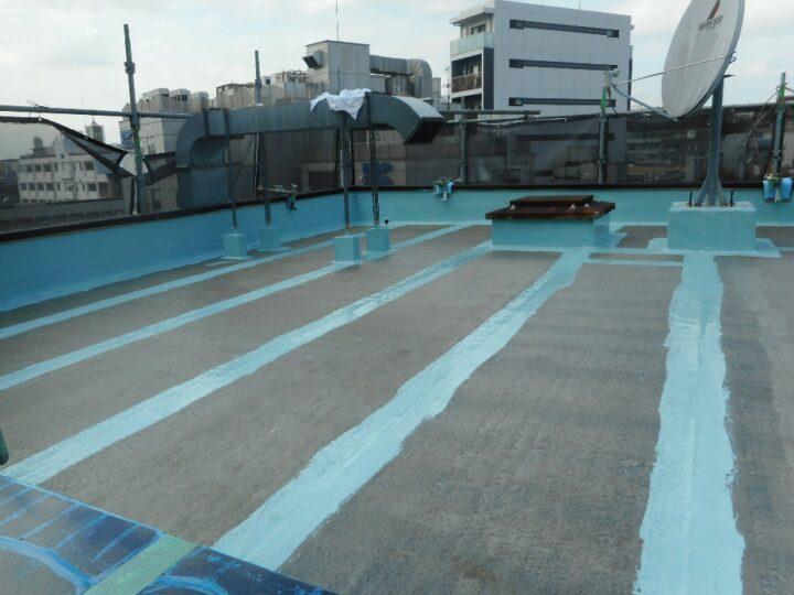 屋上防水工事 通気緩衝シート 連結部補強