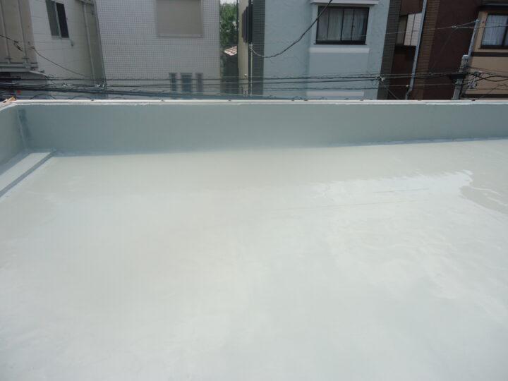 ウレタン塗膜防水(第2回目塗装)立上り
